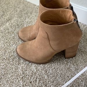 Tan Suede Wedge Boots!